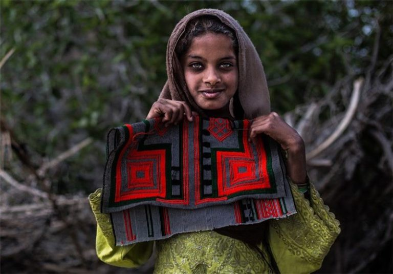 نگاهی به کتاب « بلوچها از مازنداران تا بلوچستان»